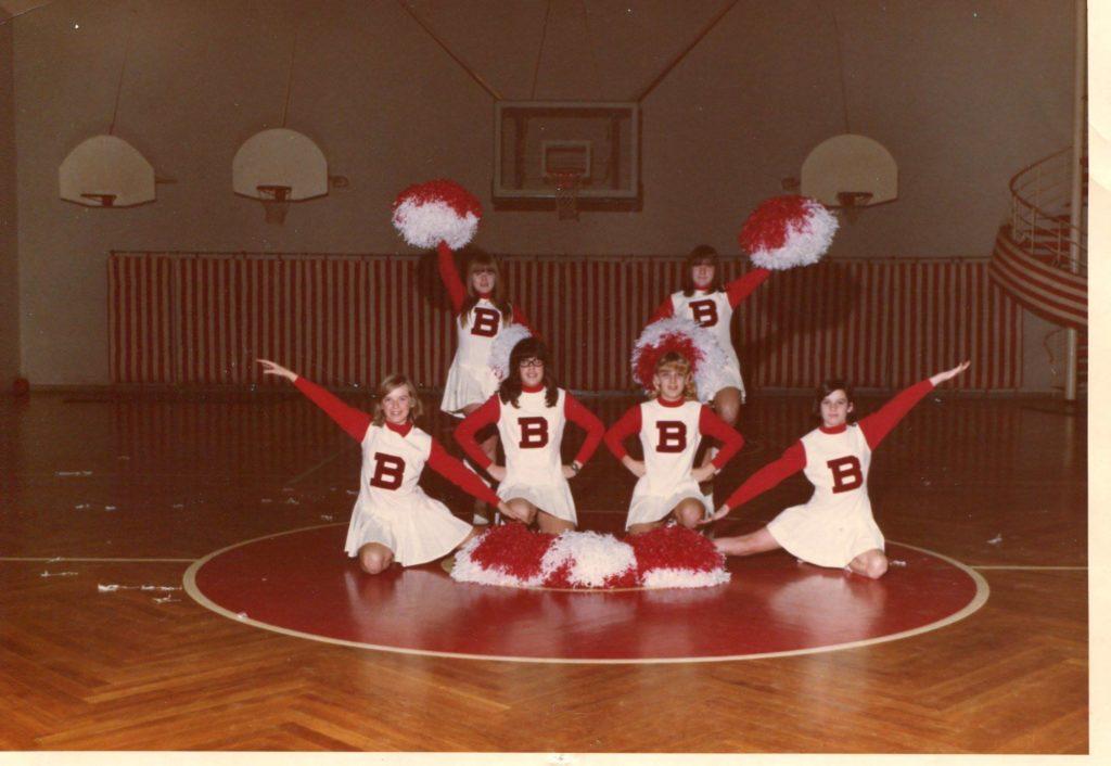Bonn_JV_Cheerleaders_1969-1970_#1
